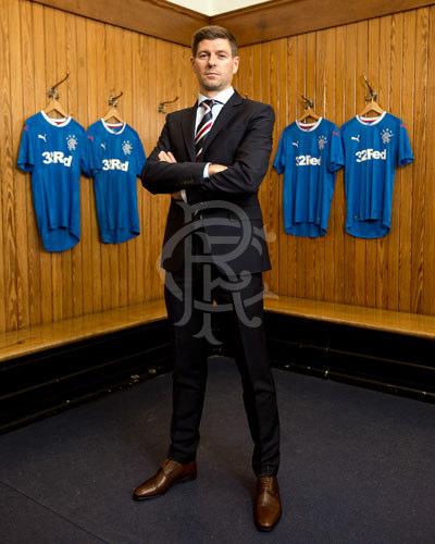 89cfca9329e LetsGo  Steven Gerrard - Rangers Football Club